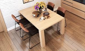テーブルやソファーにも脚カバーで床の傷を防ぐ